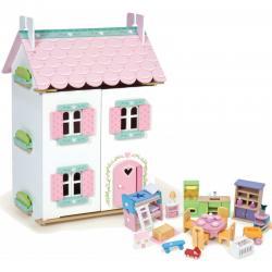 Dolls Houses & Furniture